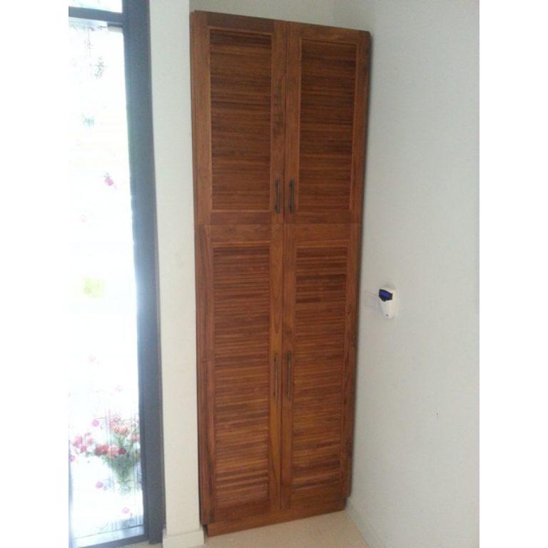 Double door shoe cabinet in Klang, kl