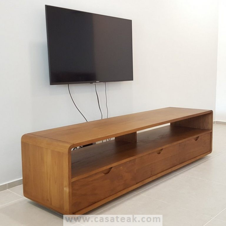 Ivan tv cabinet in Shah Alam