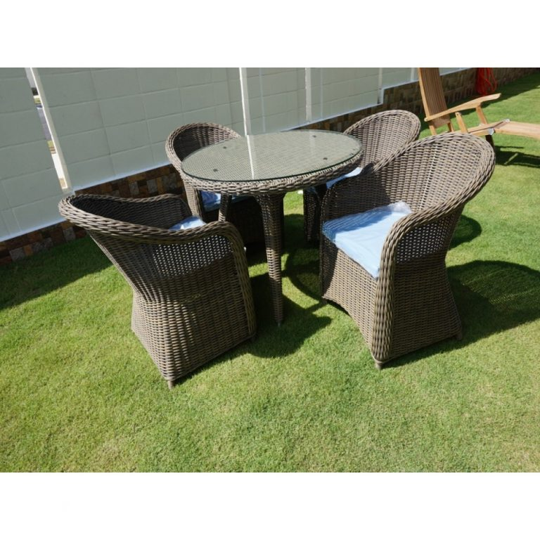 wicker table, wicker chairs, outdoor dining set in KL, garden dining set,