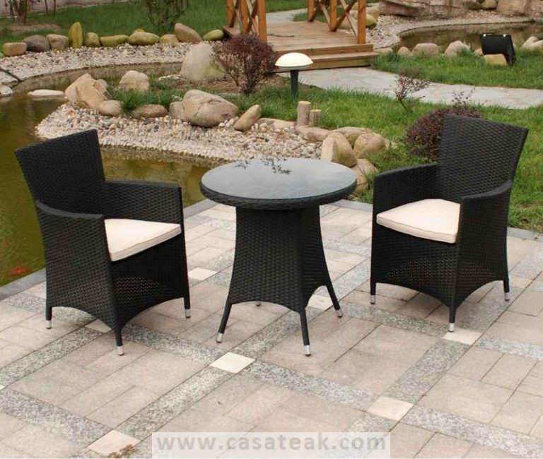 Outdoor Wicker Terrace Set in Maalsyia